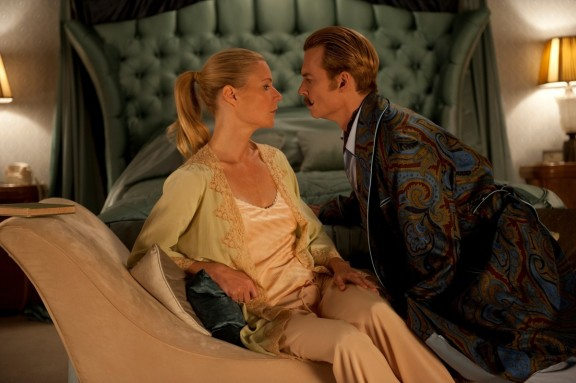 Johnny Depp and Gwyneth Paltrow in 'Mortdecai' 2015